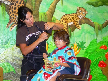 Julian Moreno receives first-class treatment while celebrating his fourth birthday at Little Kuts.