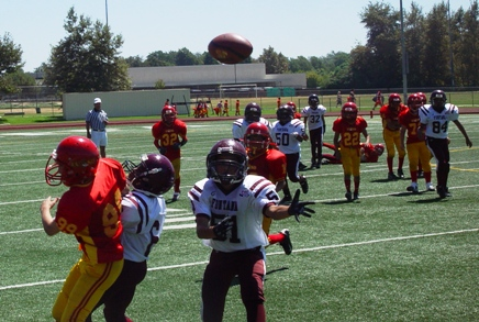 Lancer Receiver Sean Murphy sees double coverage as he fights for ball.