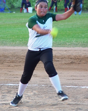 Mikayla Carillo pitched great for the 12Us.