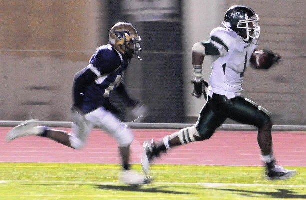 Bonita's Giomani Johnson scored three fourth-quarter TDs to help the Bearcats pull away late.