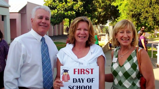 From left, Bonita Unified School District superintendent Dr. Gary Rapkin, Oak Mesa Principal Ms. Donielson and Assistant Superintendent Lois Klein are signed in for the first day of school at Oak Mesa Elementary.